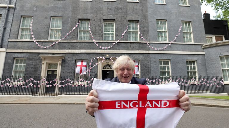 09/07/2021. London, United Kingdom. The Prime Minister Boris Johnson showing his support for England. The Prime Minister Boris Johnson in Downing Street wishing the England football team good luck ahead of the Euro 2020 Championship final against Italy on Sunday at Wembley. Picture by Andrew Parsons / No 10 Downing Street