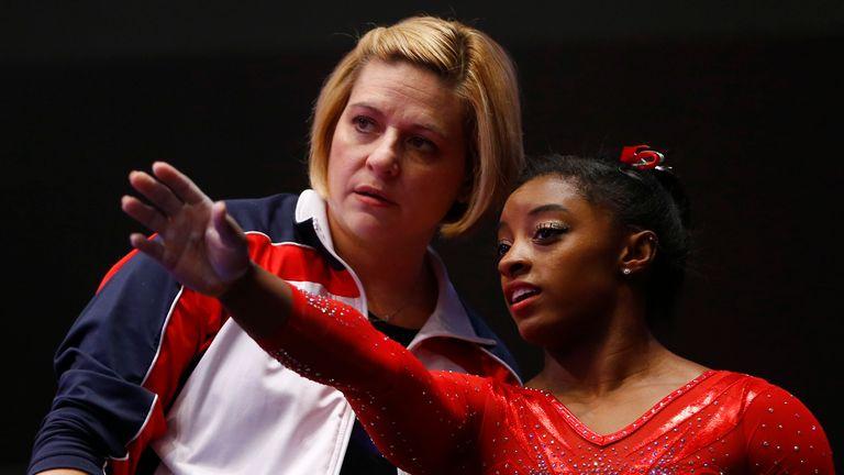 Simone Biles talks to coach Aimee Boorman in 2015. Pic: AP