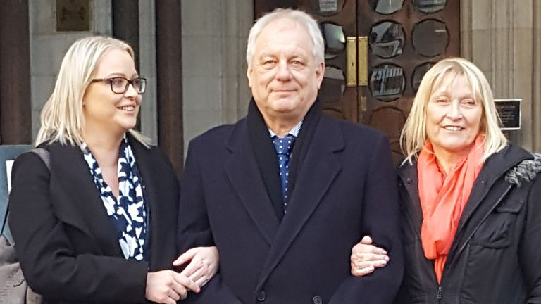 BEST QUALITY AVAILABLE Stephen Simmons with his wife Sue (right) and daughter Claire outside the Royal Courts of Justice in London. Mr Simmons, who was found guilty of stealing mailbags in the 1970s, has had his name cleared by leading judges. ... Stephen Simmons appeal ... 17-01-2018 ... London ... UK ... Photo credit should read: Jan Colley/PA Archive. Unique Reference No. 34503603 ... Picture date: Wednesday January 17, 2018. See PA story COURTS Mailbags. Photo credit should read: Jan Colley/