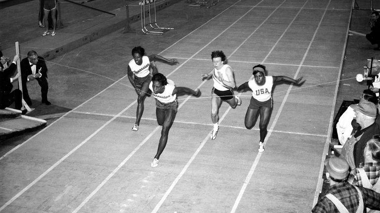Tyus wins the women's 60-yard dash final in Madison Square Garden in 1965