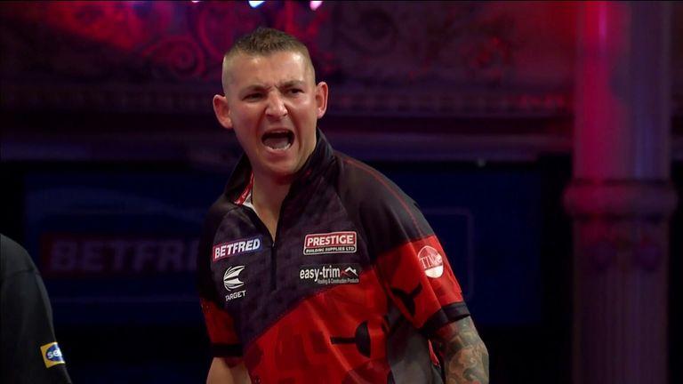 Nathan Aspinall defeats Mervyn King 10-6 in the World Matchplay.