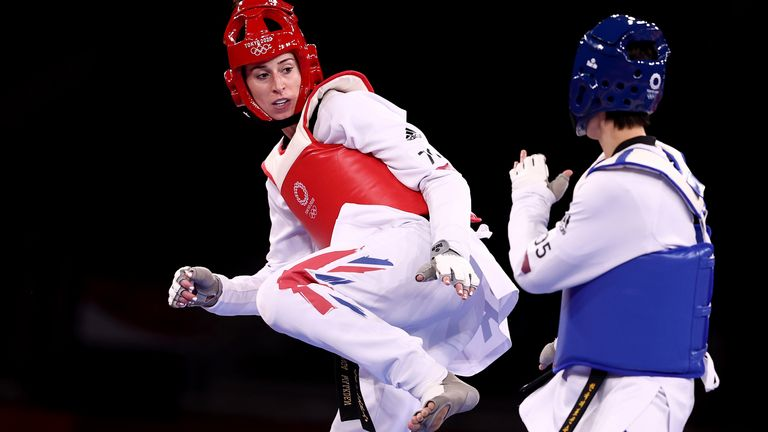 CHIBA, JAPAN - JULY 27: Bianca Walkden (R) of Team Great Britain competes against Lee Da-bin of Team South Korea during the Women's +67kg Taekwondo Semifinal contest on day four of the Tokyo 2020 Olympic Games at Makuhari Messe Hall on July 27, 2021 in Chiba, Japan. (Photo by Maja Hitij/Getty Images)