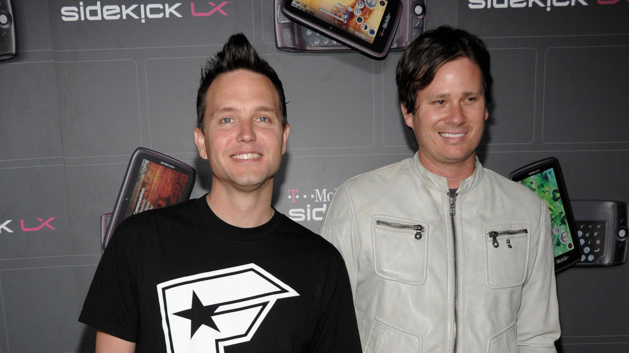 Blink-182 star Mark Hoppus is 'almost done' with cancer treatment,  ex-bandmate Tom DeLonge says | Ents & Arts News