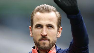 Will Kane arrive for Tottenham training?