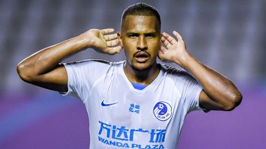Rondon signs for Everton