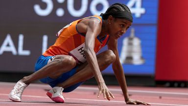 Hassan falls but still wins 1500m heat!