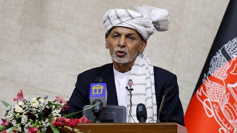 Afghan President Ashraf Ghani speaks at the parliament in Kabul