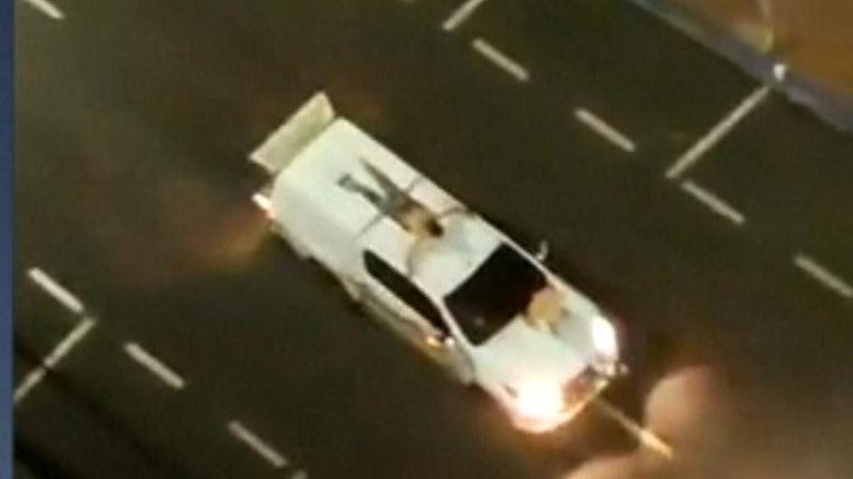 Brazil bandits use human shields in heist