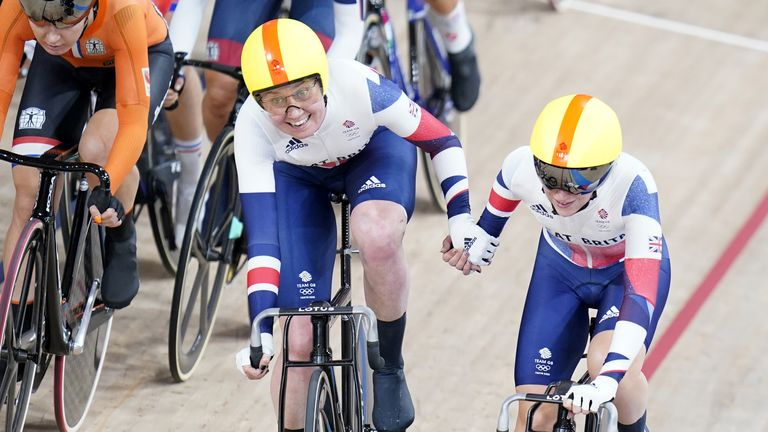 Great Britain's Laura Kenny (left) and Katie Archibald celebrate winning gold