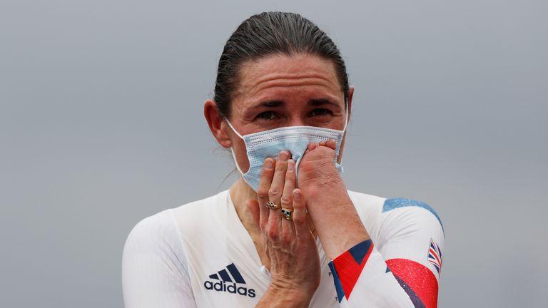 Dame Sarah a remporté le numéro d'or 16 aux premières heures de mardi, heure du Royaume-Uni