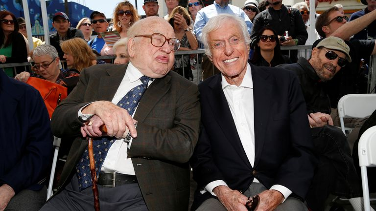 Asner with Dick Van Dyke at a Hollywood event in 2016