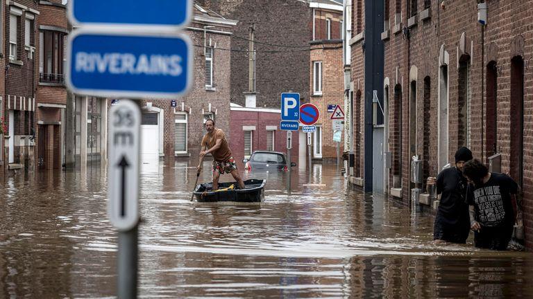 Luglio 2021: Inondazioni Anglor, provincia di Liegi, Belgio Pic: AP