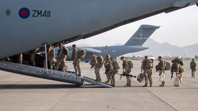 UK military personnel board an A400M aircraft departing Kabul, Afghanistan August 28, 2021. Jonathan Gifford/UK MOD Crown copyright 2021/Handout via REUTERS THIS IMAGE HAS BEEN SUPPLIED BY A THIRD PARTY. MANDATORY CREDIT. NO RESALES. NO ARCHIVES.