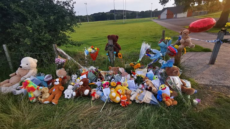 Locals releasing balloons near Pandy Park in Sarn, Bridgend, close to where the body of Logan Mwangi was discovered last weekend, in memory of the five-year-old boy who was found dead in a river. Picture date: Saturday August 7, 2021.
