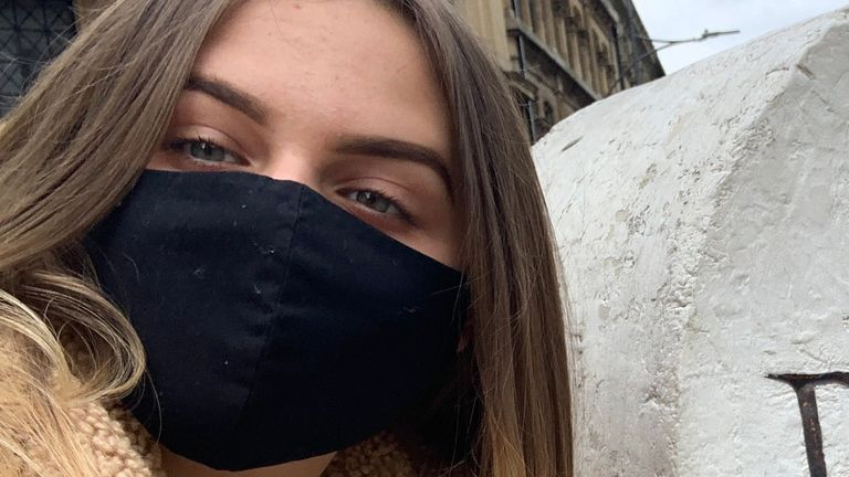 Maisy Evans, 17, is urging young people to have the COVID vaccine. Pic: Maisy Evans