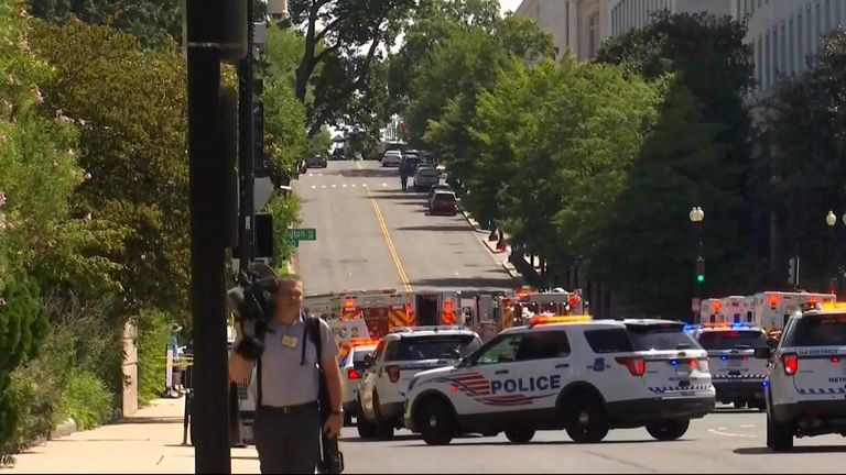 us capitol bomb threat  Capitol Police investigating bomb threat near U.S. Library of Congress