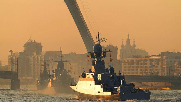 День ВМФ России на Неве в Санкт-Петербурге Изображение: А.П.