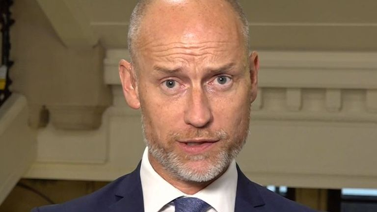 Stephen Kinnock agrees with defence secretary about not putting pets before people in Afghanistan evacuation