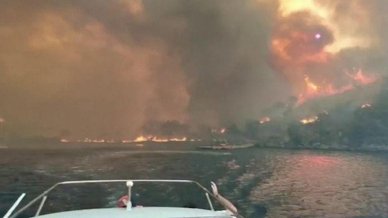 Wildfires burn in Marmaris