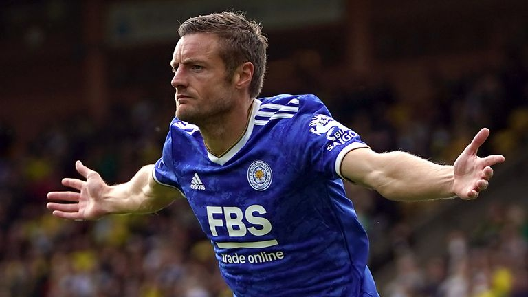 Jamie Vardy celebrates his goal against Norwich at Carrow Road