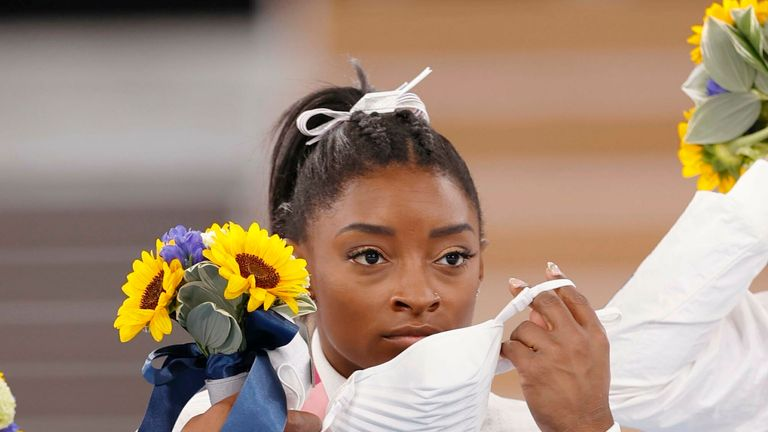 Simone Biles: Max Whitlock praises 'incredible' American gymnast for putting her mental health first |  Olympic Games News