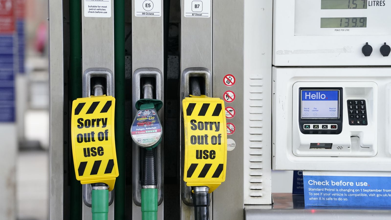 Downing Street on brink of U-turn to plug gap in petrol driver shortages