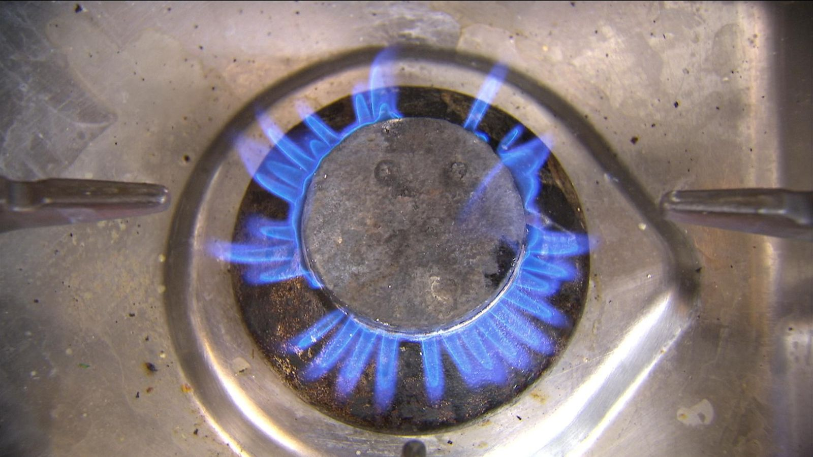 Energy crisis: How long will it last and what happens if your supplier goes bust?