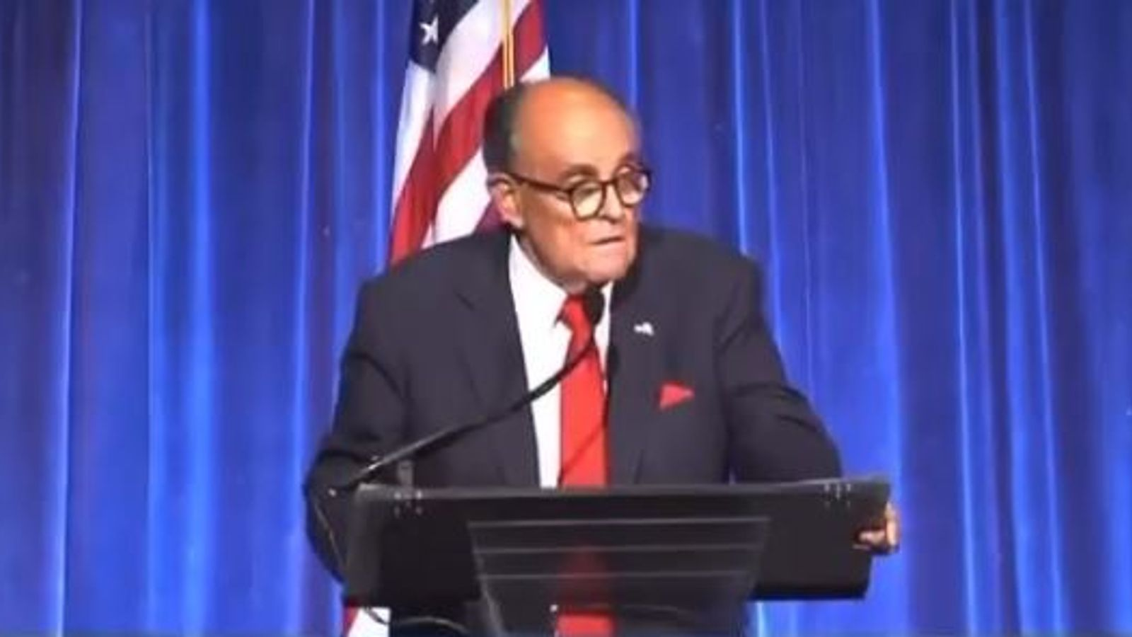Rudy Giuliani imitates the Queen and denies going out with Prince Andrew in speech at 9/11 dinner