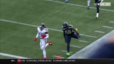 Henry breaks loose for explosive 60-yard TD