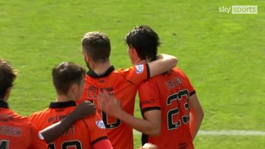 Harkes fires United in front late on!