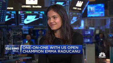 Raducanu visits New York Stock Exchange