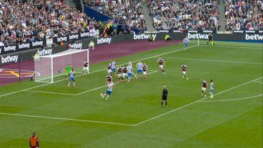 Save L Fabianski (28) West Ham 0 - 0 Manchester Utd