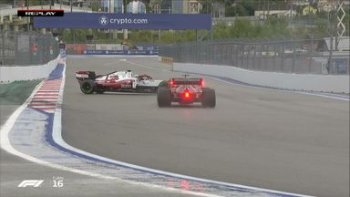 Giovinazzi spins in qualifying
