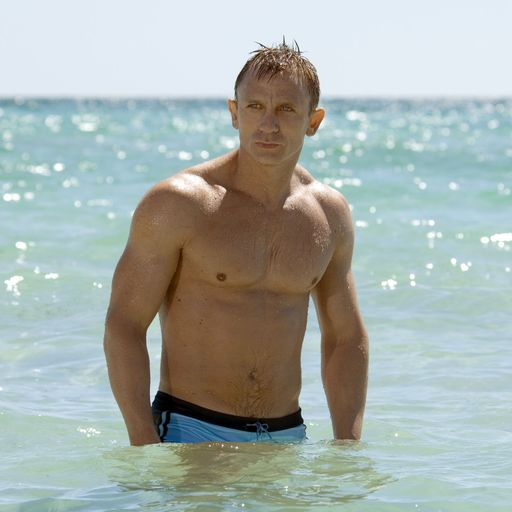 Daniel Craig bids goodbye to 007 in emotional farewell to No Time To Die cast and crew