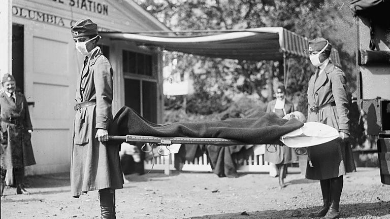 An estimated 675,000 people died from the Spanish flu in the United States. The death toll from coronavirus has now reached 675,000 in America