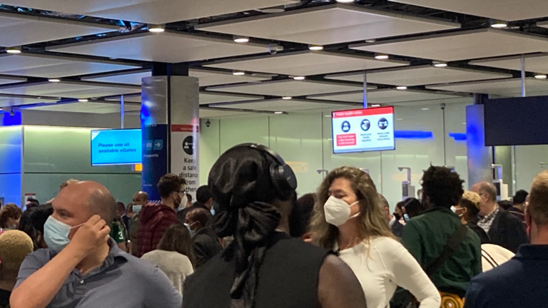 Long queues at Heathrow were caused by e-gates going down