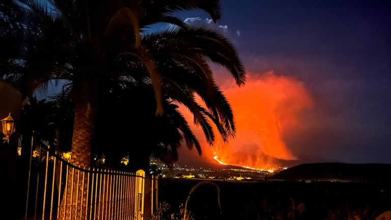 The volcanic explosions have intensified on the island of La Palma