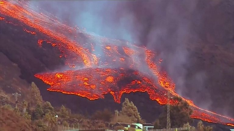 Lava from the La Palma volcano