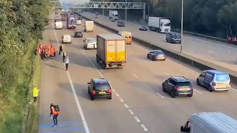 Protesters descend on M25 for the fifth time. Pic LBC