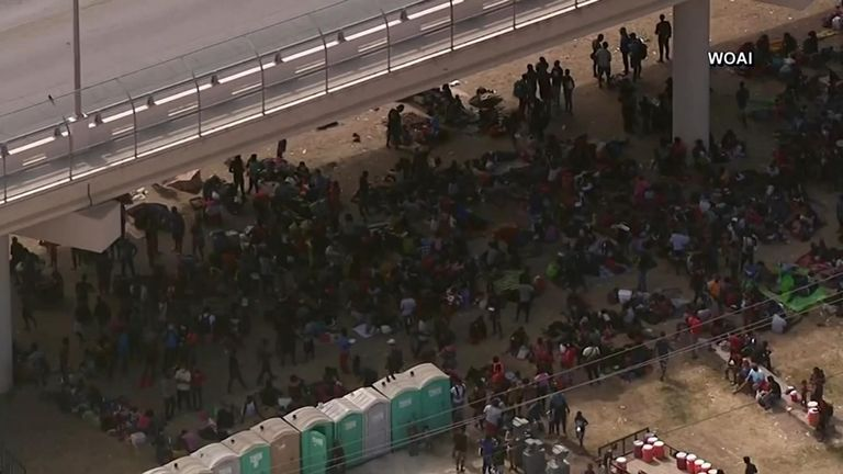 Thousands of migrants have converged under the bridge that connects Del Rio, Texas and Mexico's Ciudad Acuña