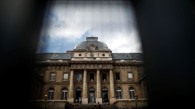 A view shows the Paris courthouse on the Ile de la Cite on the second day of the trial of the Paris' November 2015 attacks, in Paris, France, September 9, 2021. Twenty defendants stand trial over Paris' November 2015 attacks, with nearly 1,800 civil parties, more than 300 lawyers, hundreds of journalists and large-scale security challenges. REUTERS/Gonzalo Fuentes