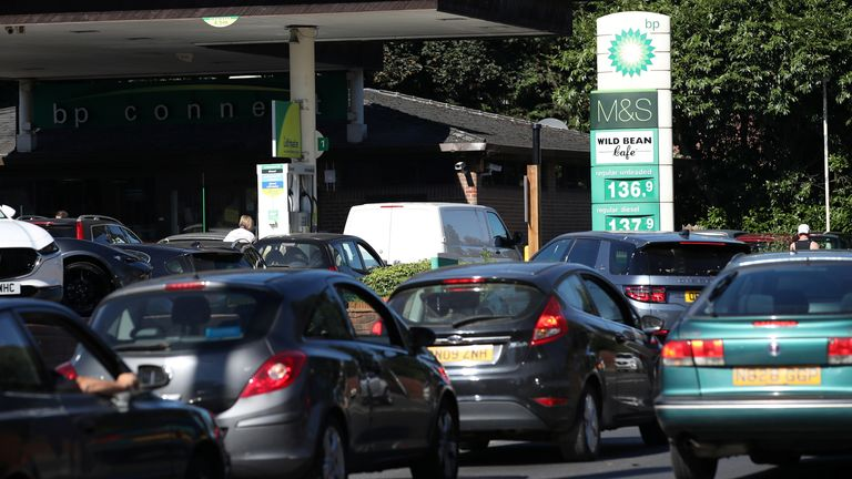 Vehicles queue up to enter the BP petrol station, in Harpenden Vehicles queue up to enter the BP petrol station, in Harpenden, Britain, September 24, 2021