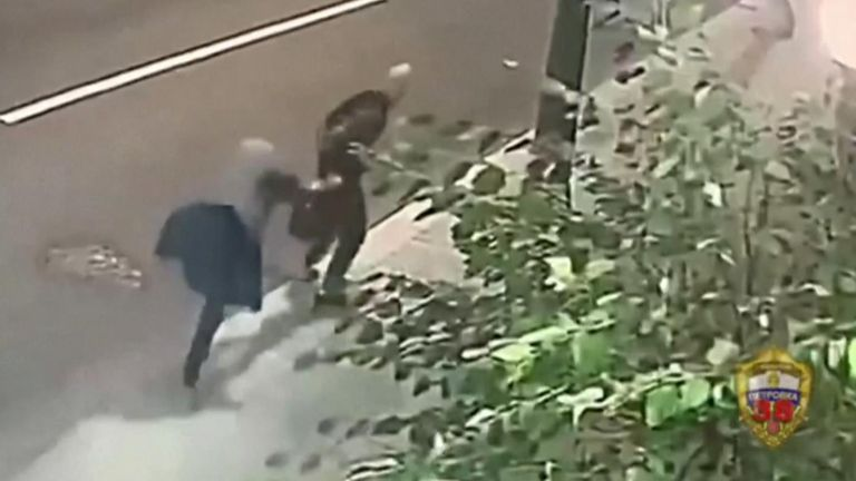 Old lady fights off mugger