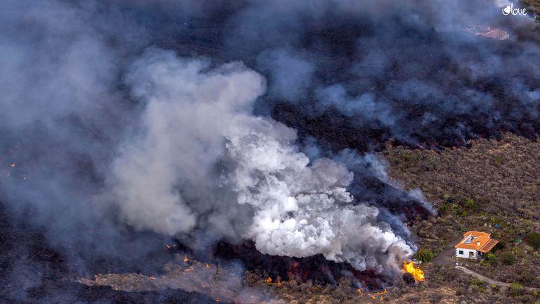 Lava from the La Palma volcano approaches a house, 22 September 2021, in La Palma, Santa Cruz de Tenerife, Canary Islands, (Spain). PIC:AP