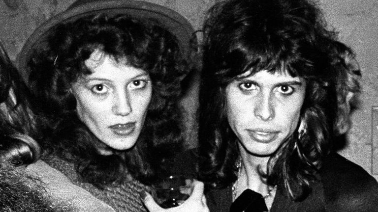 Aerosmith's Steven Tyler pictured with Julia Holcomb, a teenager who he had a relationship with, in 1975. Pic: Mark Sullivan ©Getty/ Sky UK