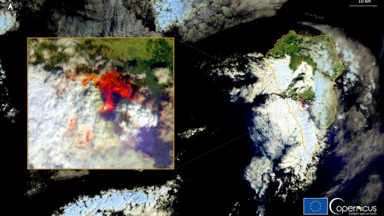 Copernicus Sentinel-2 image shows the eruption of a volcano in the Cumbre Vieja national park, on the Canary Island of La Palma