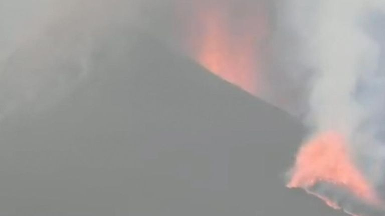 The Cumbre Vieja volcano on La Palma, one of Spain's Canary Islands, continued to spew lava on Sunday, September 26, a week after it began erupting.