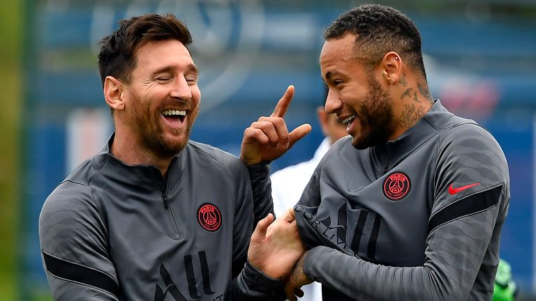 Lionel Messi returned to PSG training on Monday after a knee injury