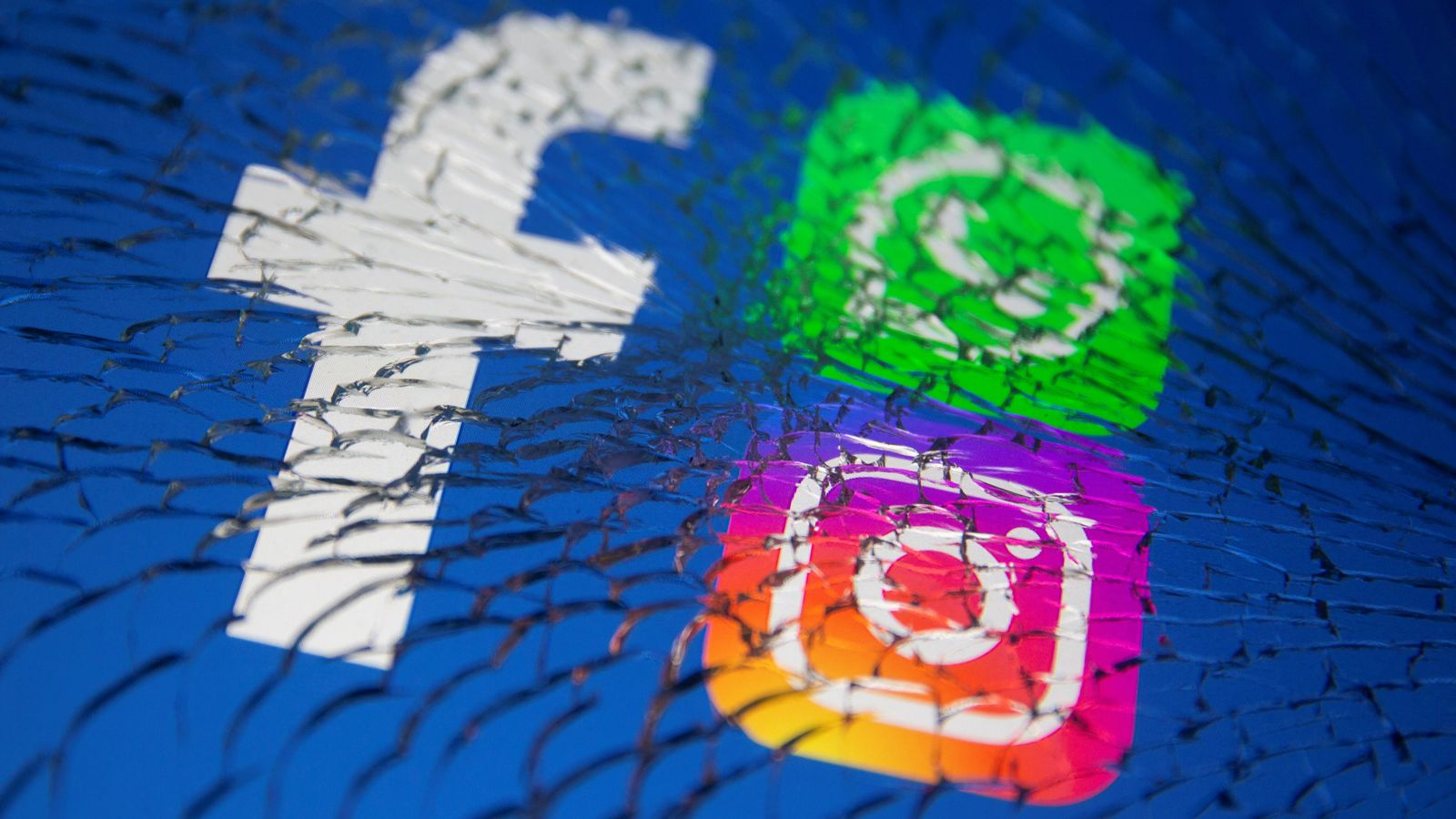 Facebook reportedly planning to rebrand the company with name change