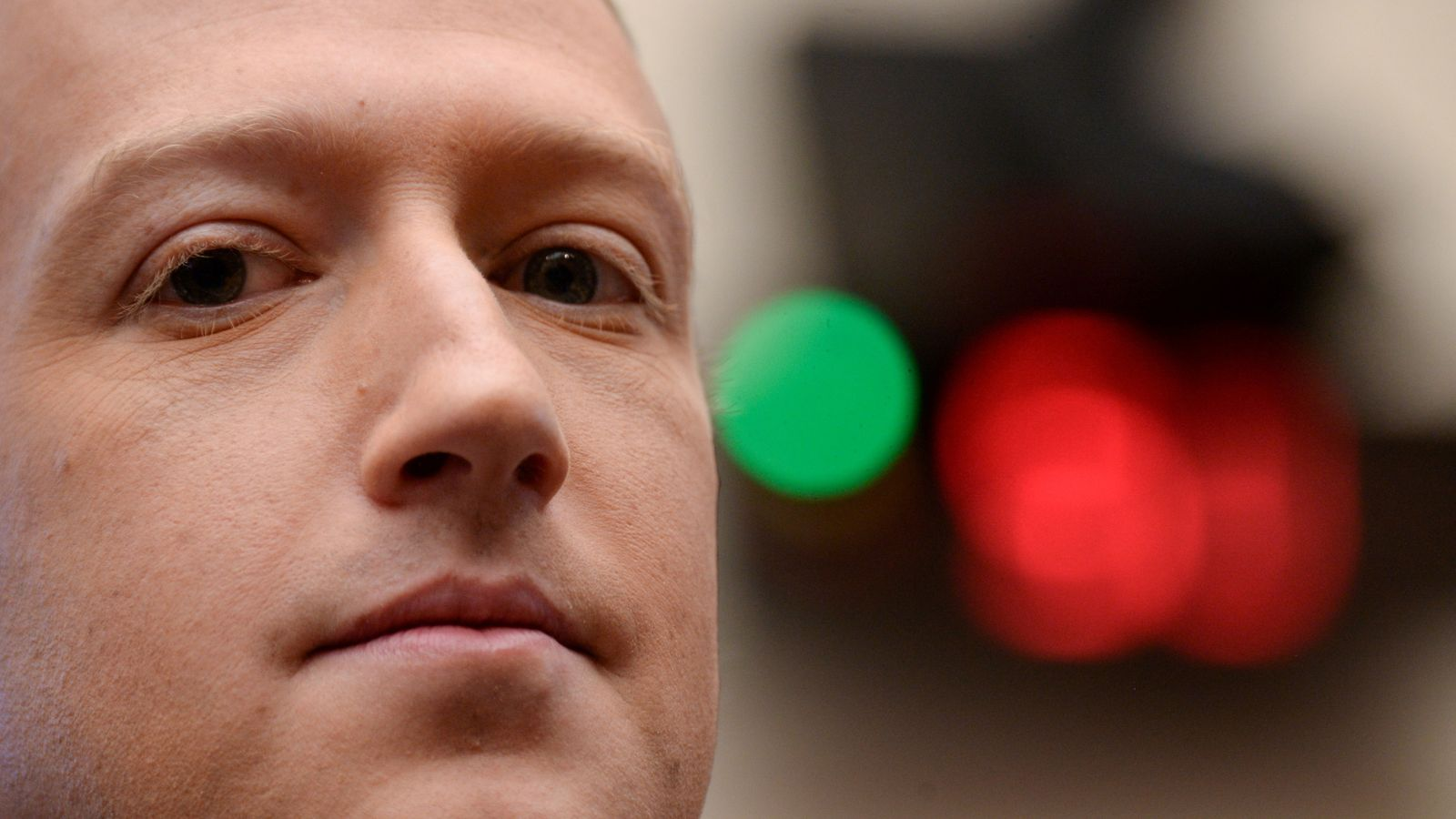 Facebook plans to hire 10,000 people in Europe to build its metaverse